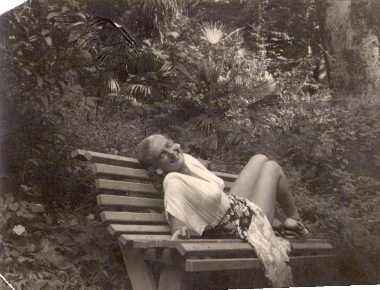 Почувствовала, как голые 70 х годов Виктор