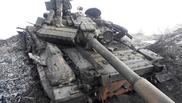 Первый танк.