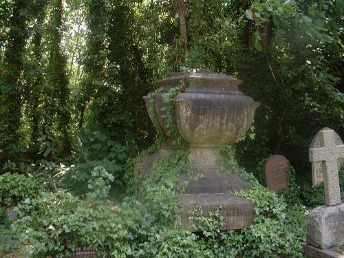 colderidge and HighgateА еще мне очень нравится эта могилка отставного моряка, который отдал концы и бросил якорь именно здесь<a href=
