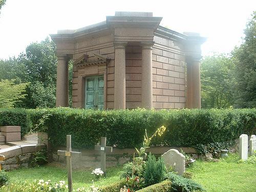 colderidge and Highgate cemetery 012