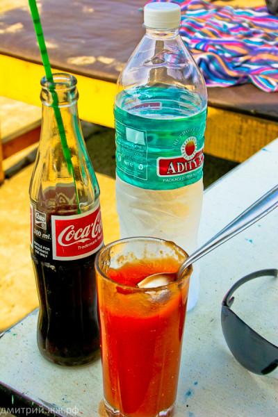 eda vagator cola water papaia juice