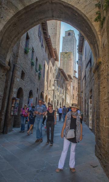 San Gimignano Post-1