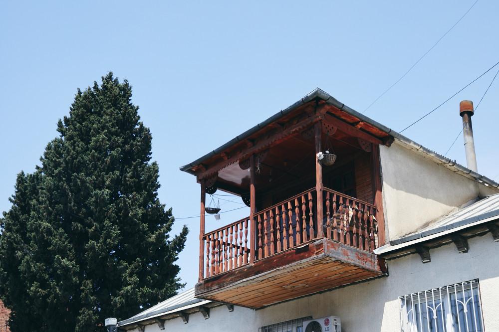 Одинокий балкон, Тбилиси