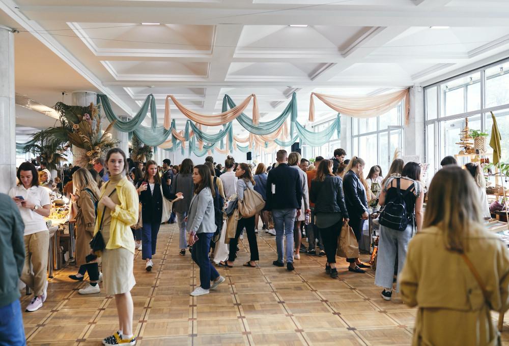 Veter Summer Fest, зона маркета внутри Культурного центра ЗИЛ