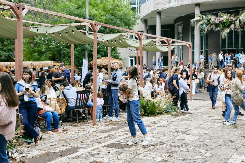 Veter Summer Fest обеденная зона