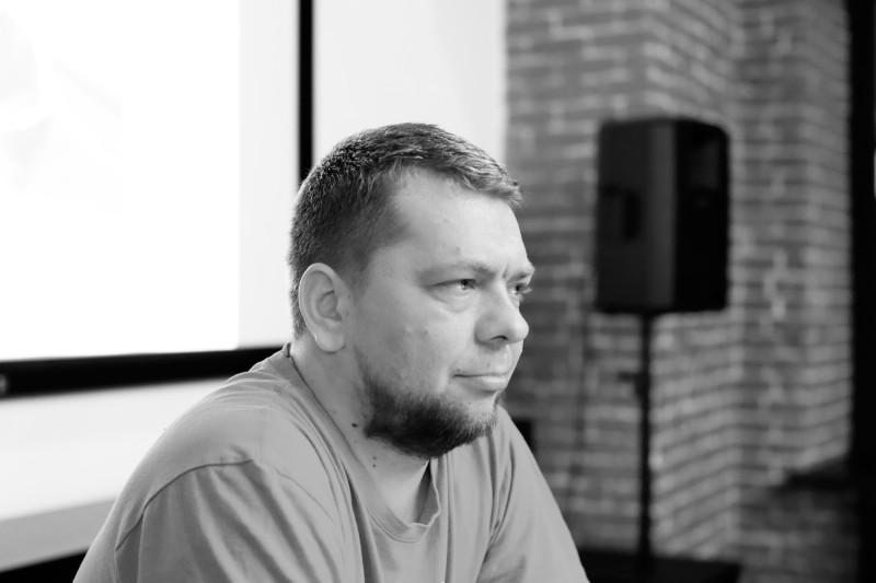 @yaroslav_gunin внимательно слушает вопрос про блог-туры