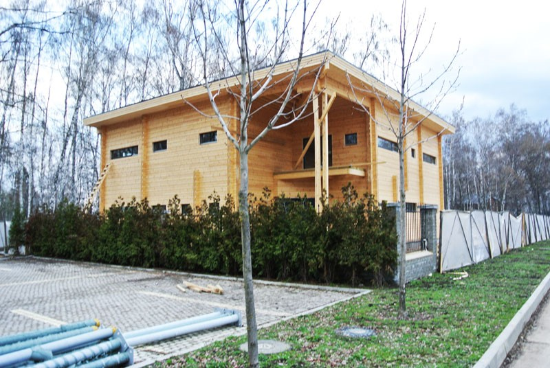 деревянный дом торец