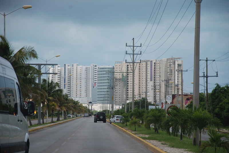 город