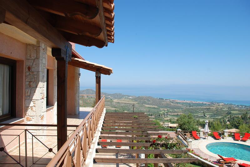 балкон на вилле