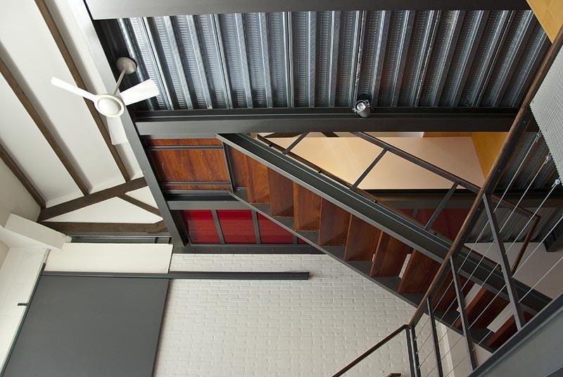 потолок лофт