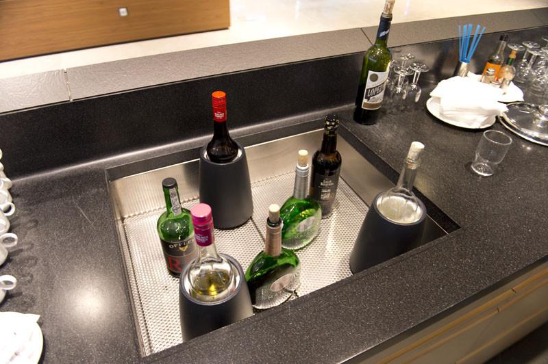 лаундж зона буфет малага алкоголь