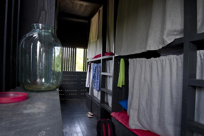 спальные места казарма