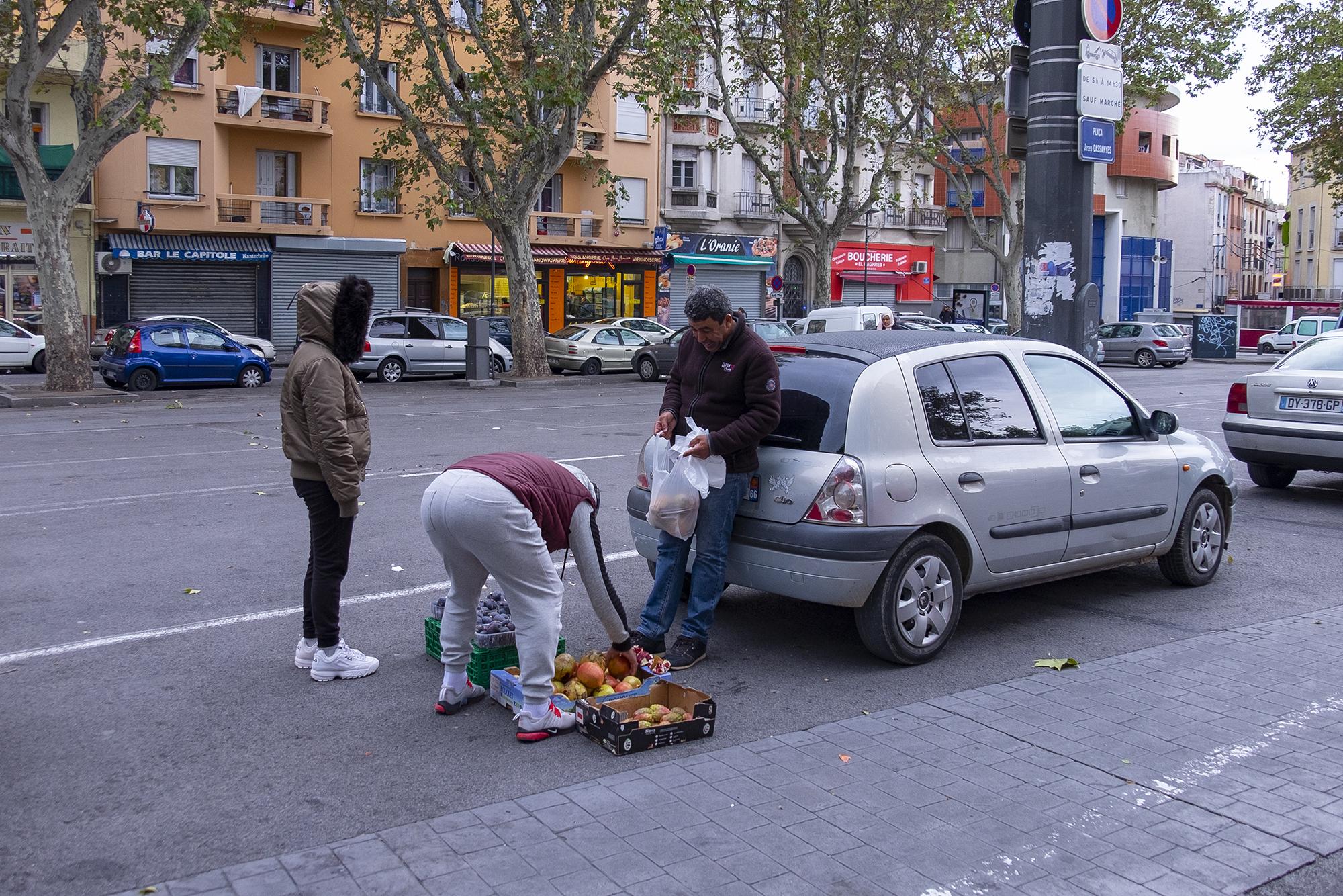 Европа без туристов - это страшно первые, всего, Москве, Барселону, почти, рестораны, чтобы, пекарни, такое, машины, зимой, погода, города, видел, город, возле, встретить, арабского, супермаркета, никого