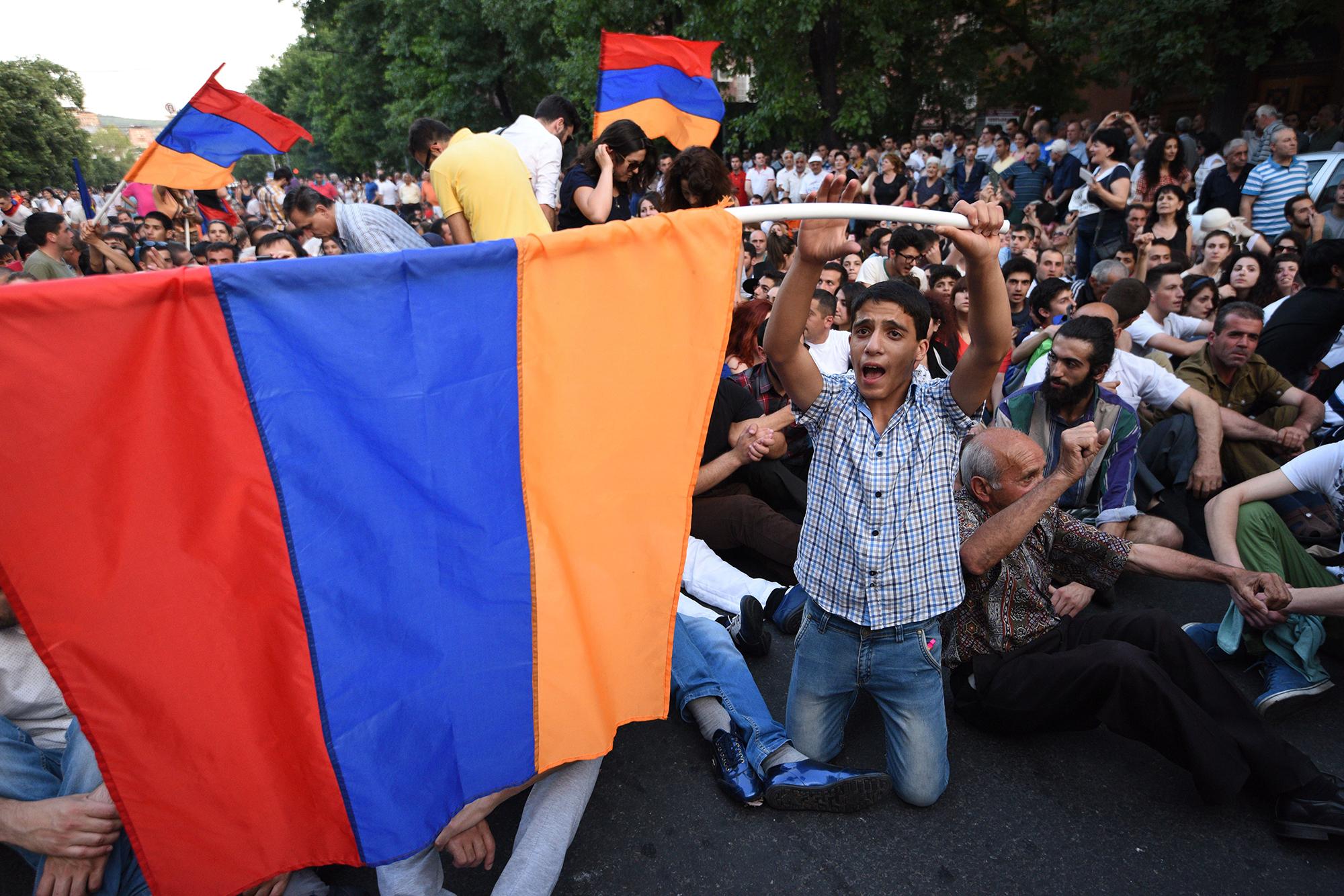 Армения пошла по пути Украины