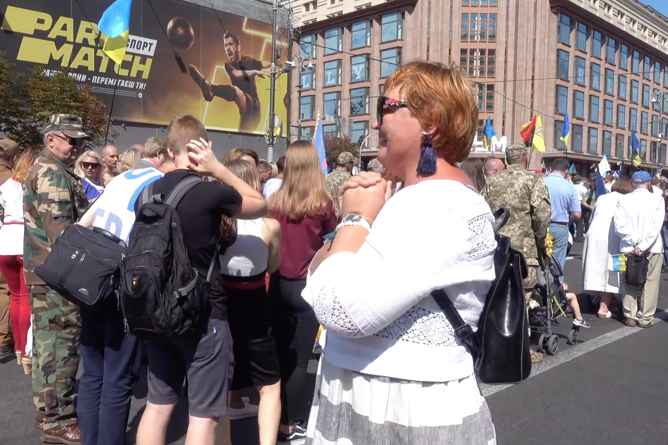 Русские в вышиванках прошлись по Киеву