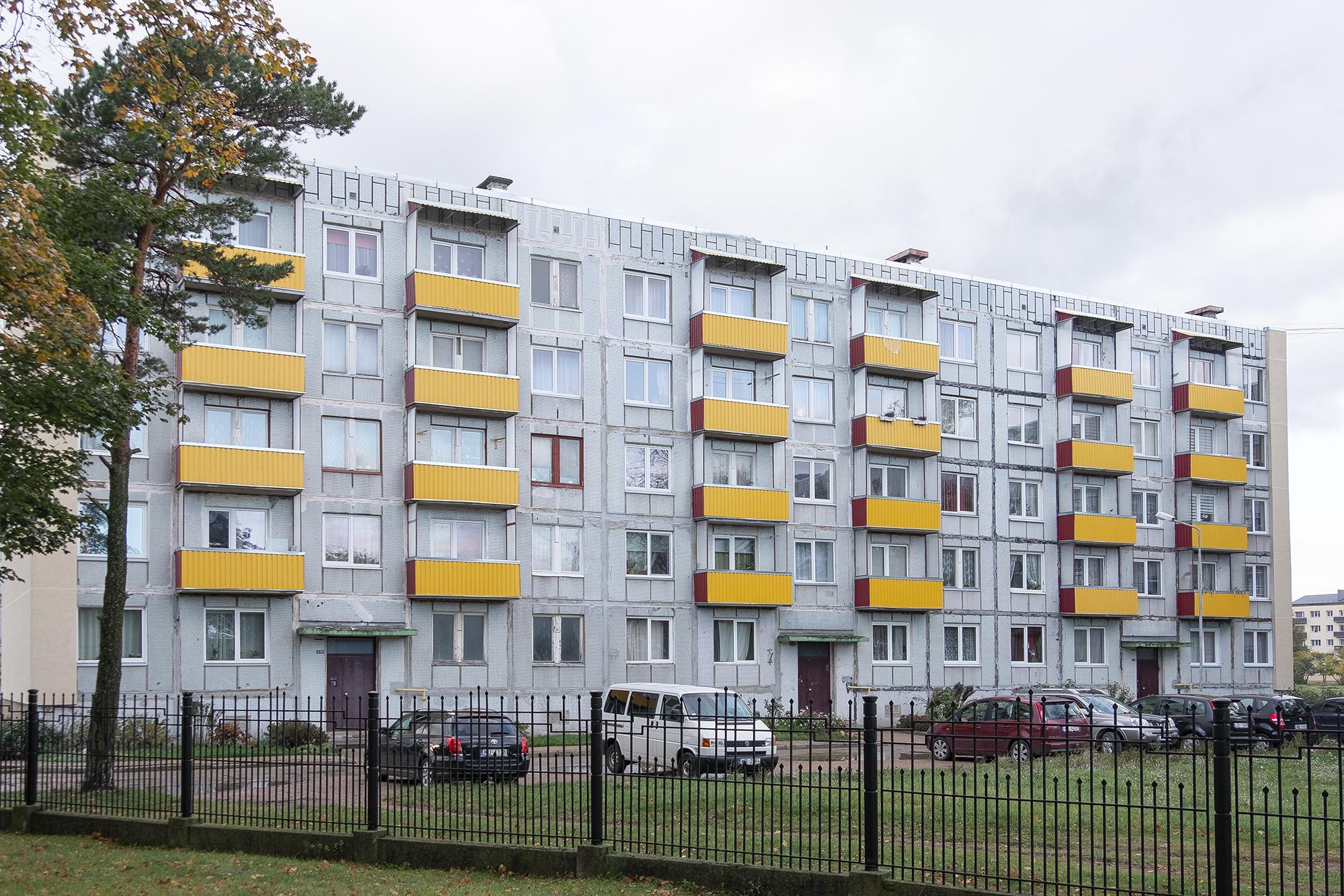 Как в Европе живет средний класс много, пятиэтажки, денег, уютные, квартиры, поскольку, московских, Яндекс, рублей, Москве, квартиру, можно, Латвии, очень, Европе, Воркуты, Европу, совсем, перебраться, средний