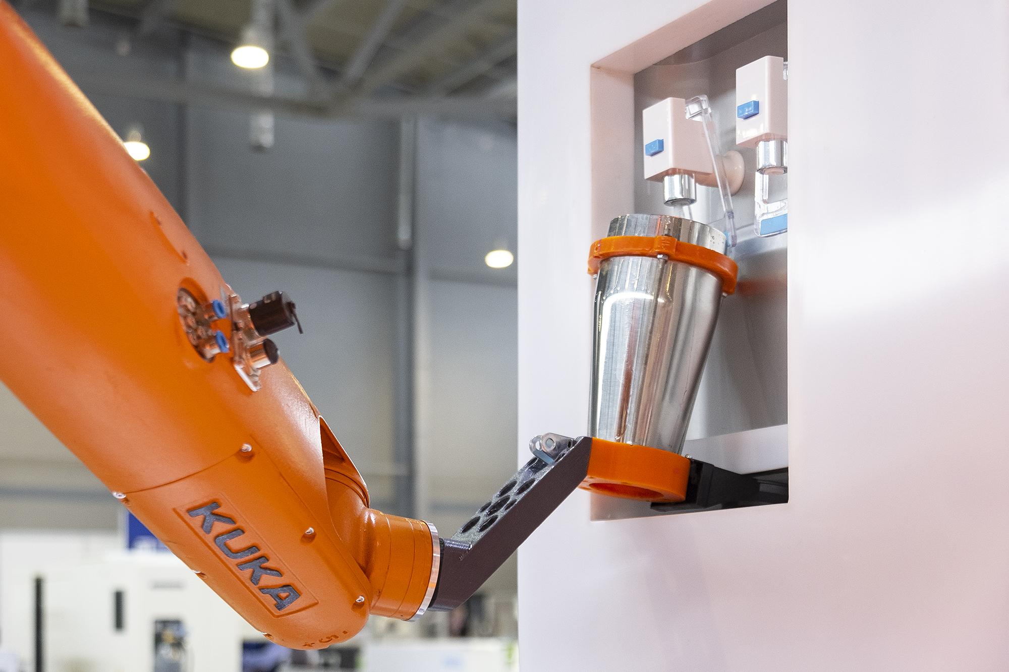 Смогут ли роботы заменить людей