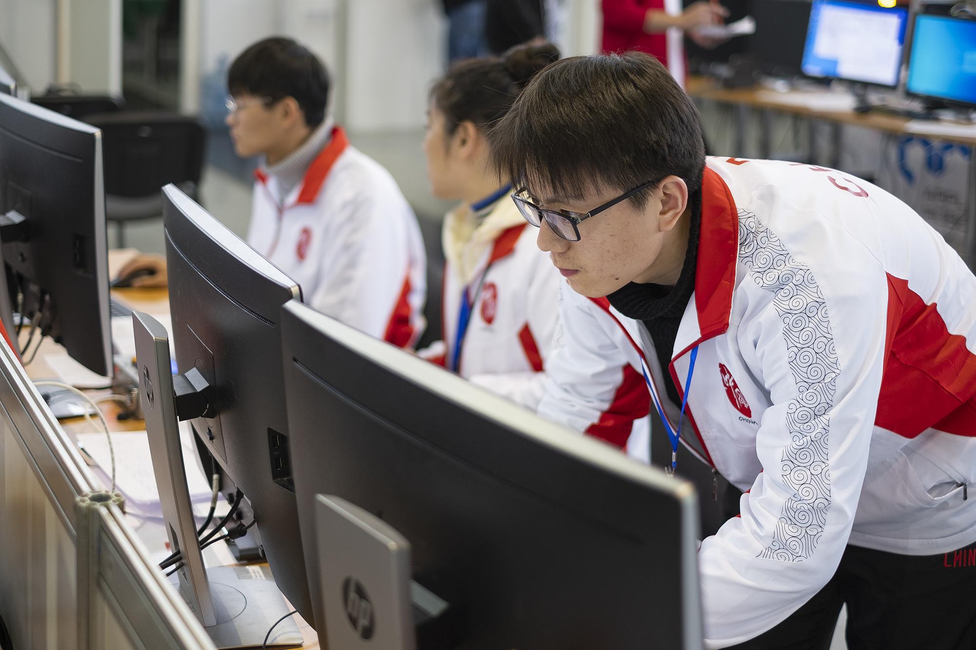 Смогут ли роботы заменить людей WorldSkills, которые, можно, возраста, людей, роботов, HITECH, профессионального, промышленности, роботы, команды, международных, стандартам, Навыки, только, который, среди, работы, чемпионата, которых
