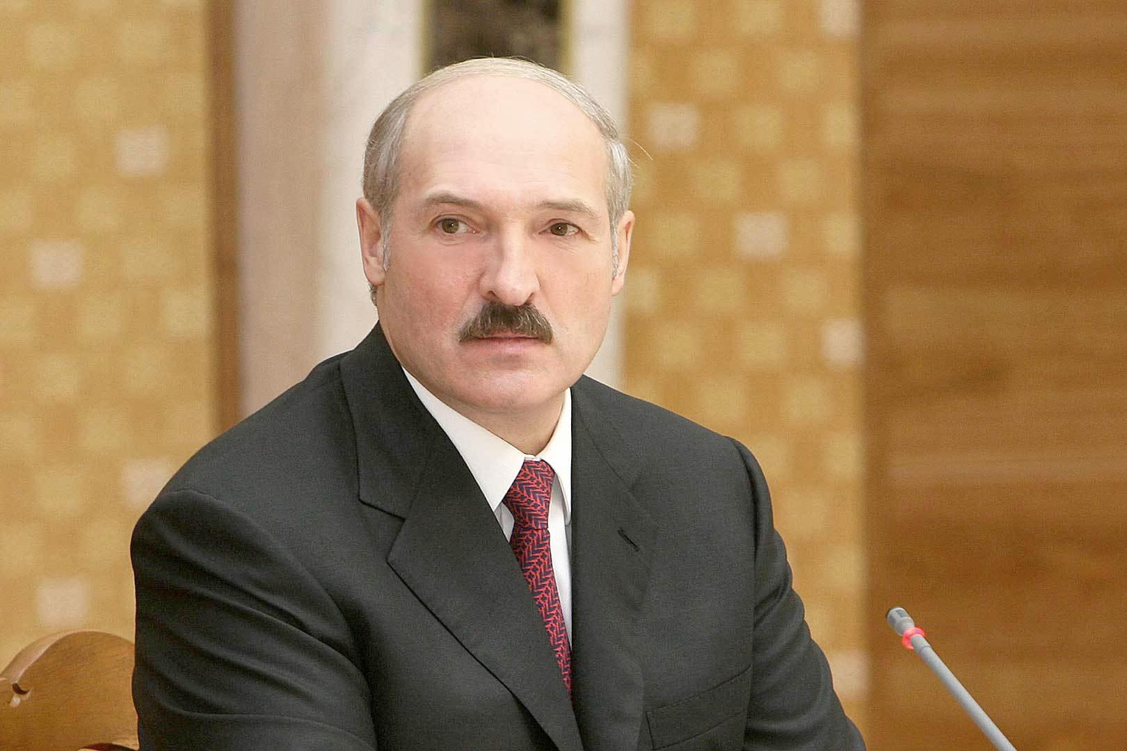 Лукашенко поручил ограничить транзит товаров из Германии в Россию