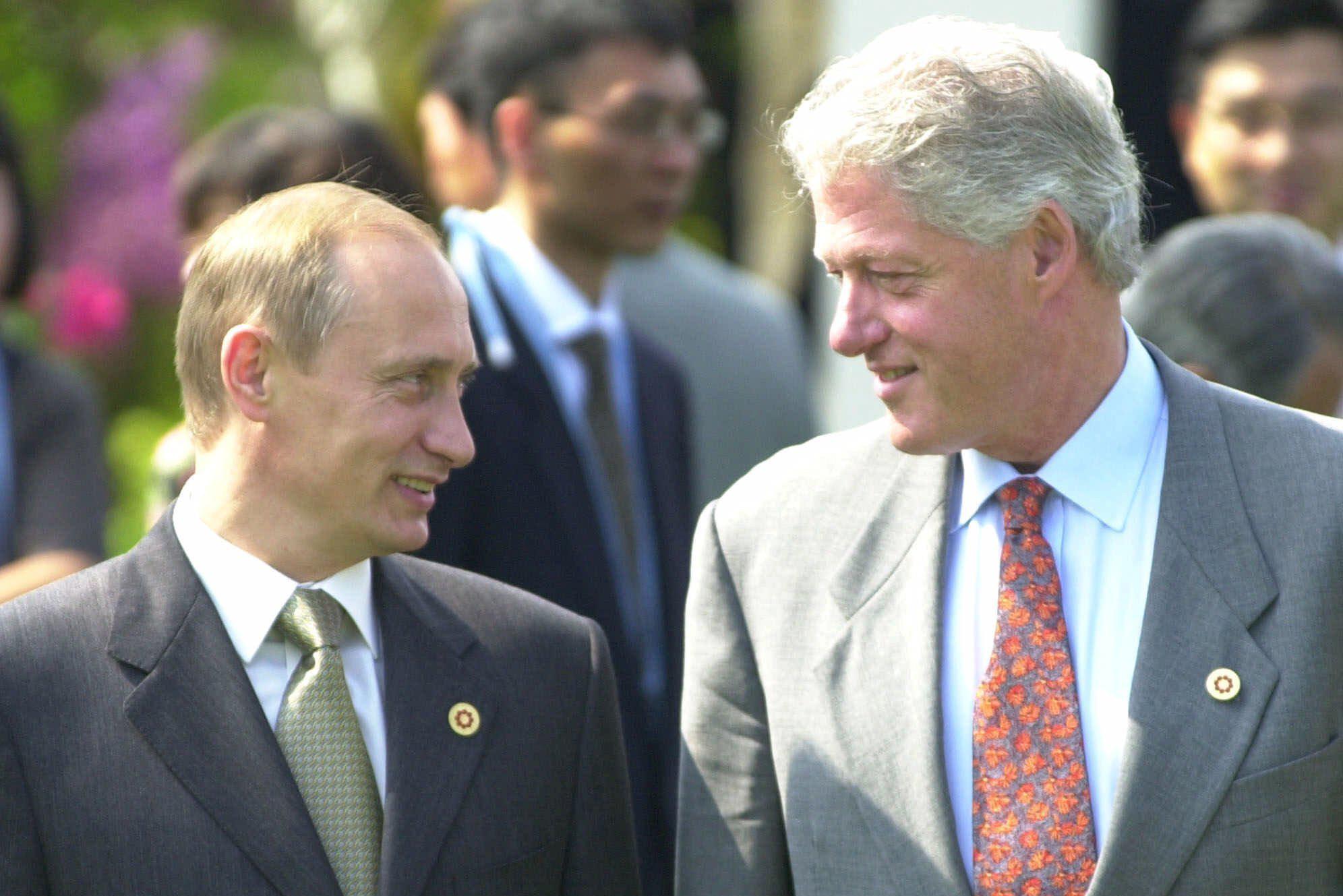Мир возбудился от переговоров Путина и Клинтон о подлодке «Курск»