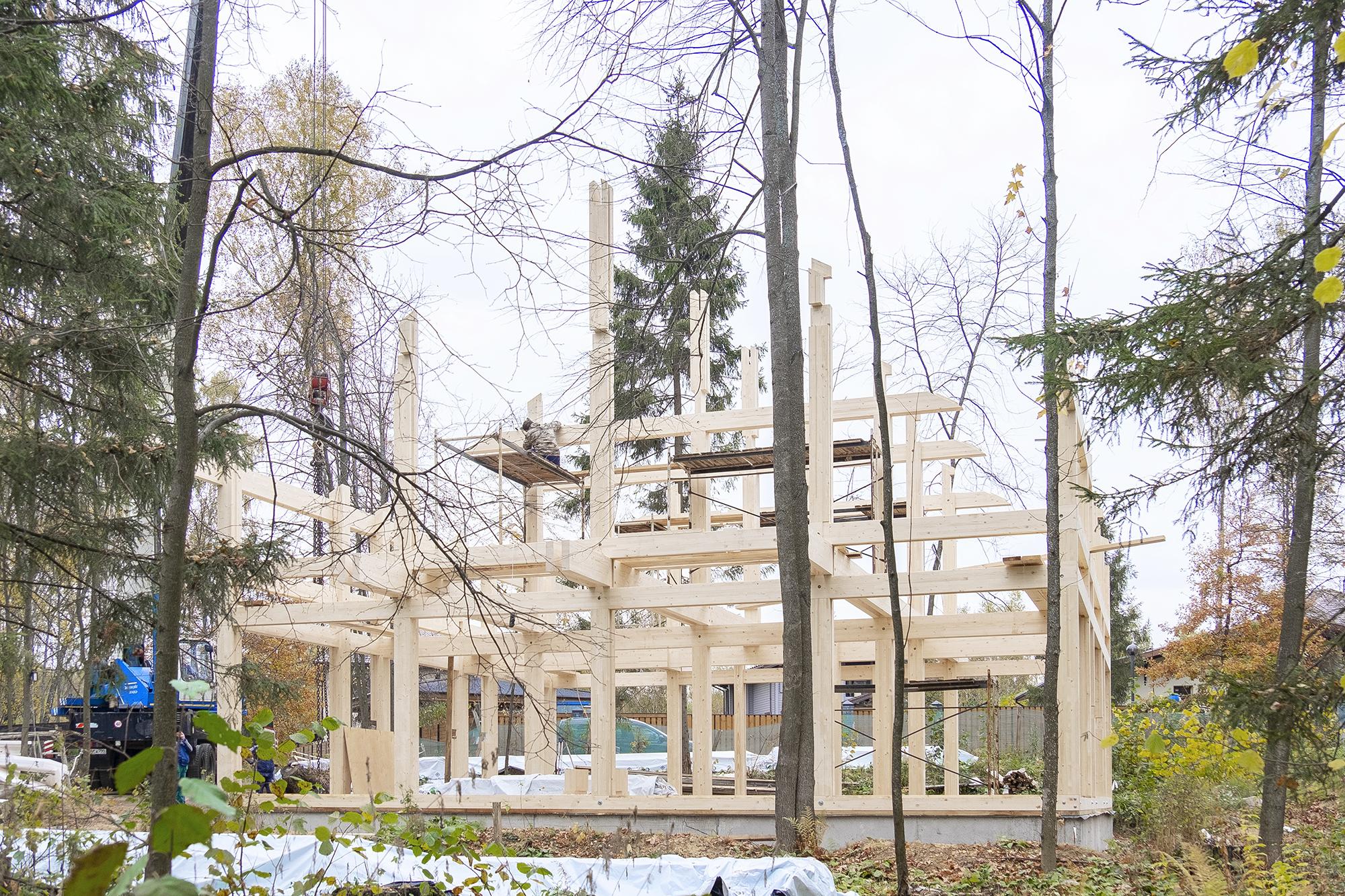 Как горит деревянный дом