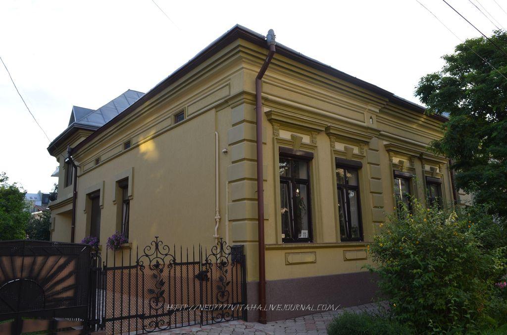 6. Івано-Франківськ (105)