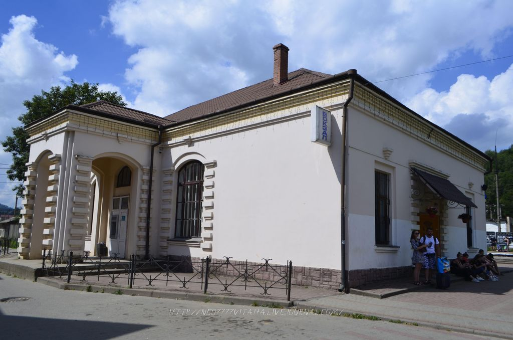 3. Славське (70)