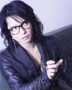 R25 2014116 No360 - 05a - VAMPS - HYDE