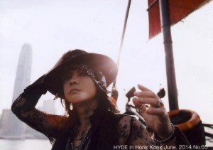 VAMPS TRADING PHOTO No.65.jpg