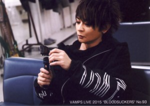 VAMPS TRADING PHOTO No.93.jpg