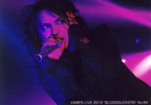 VAMPS TRADING PHOTO No.84.jpg