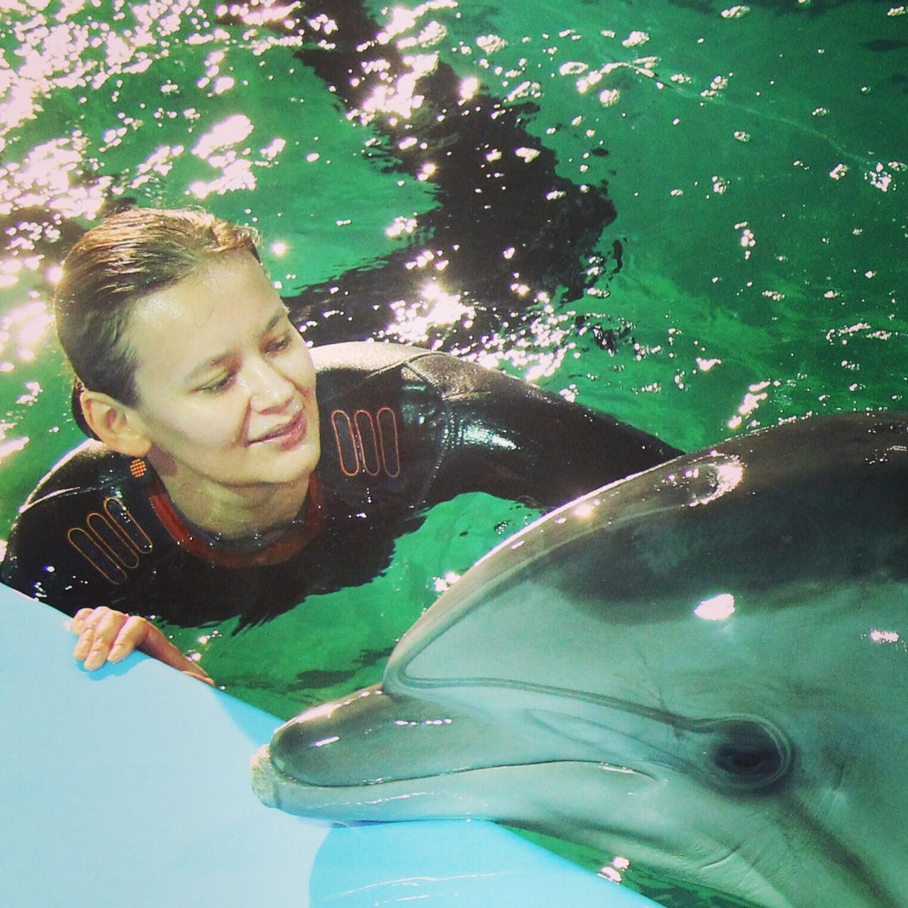 Nika_Dolphin