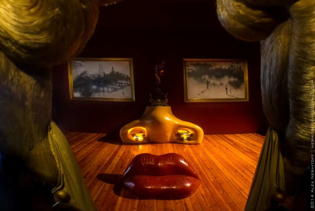 2014-Spain-Figueres-Museum of Salvador Dali-022