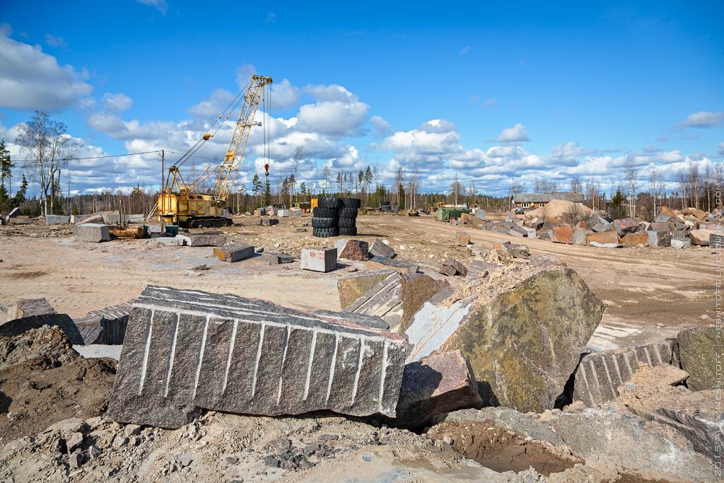 2015-Russia-Saint-Petersburg-Stone-Pit-018.jpg
