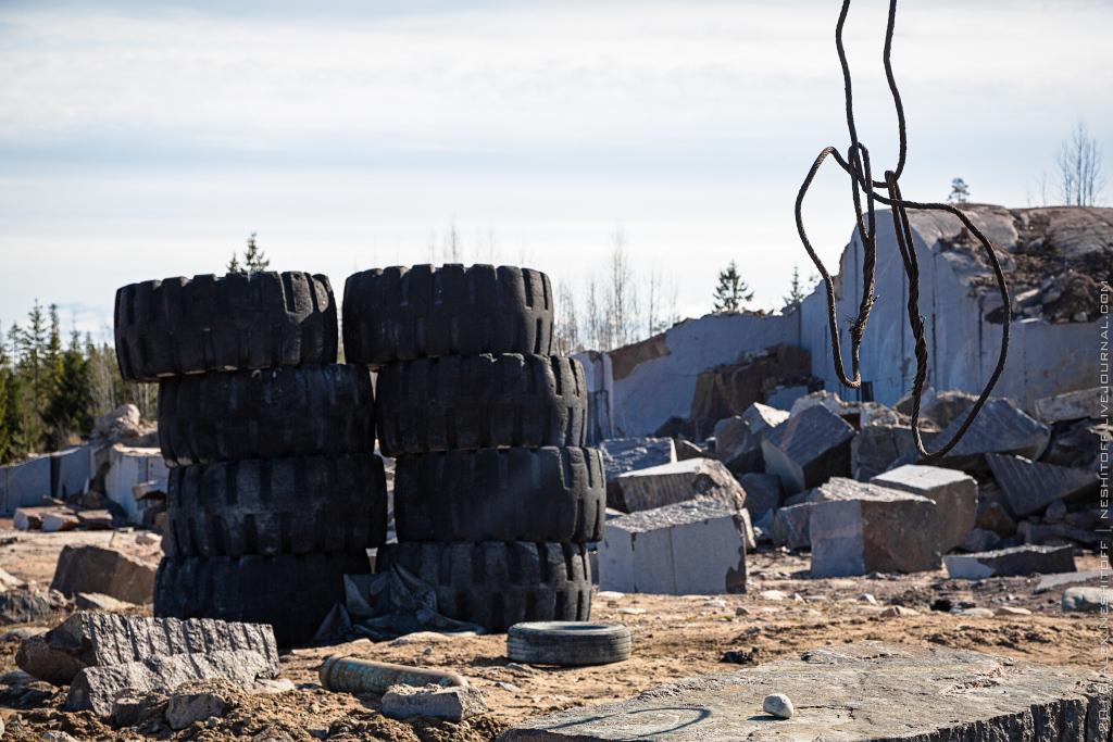 2015-Russia-Saint-Petersburg-Stone-Pit-003.jpg
