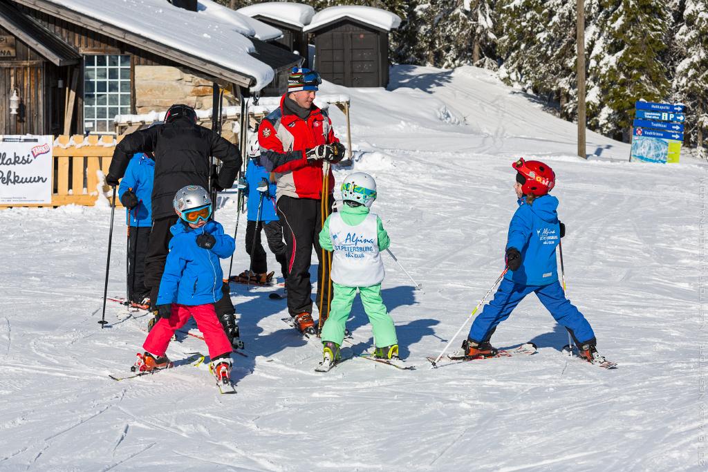 2015-Finland-Tahko-Alpine Ski Spb School-004.jpg
