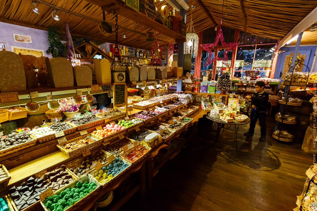 2014-France-Toulouse-Sweet Store-011