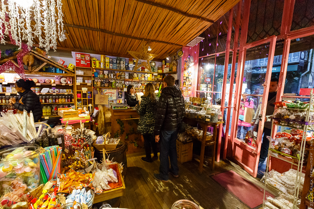 2014-France-Toulouse-Sweet Store-012