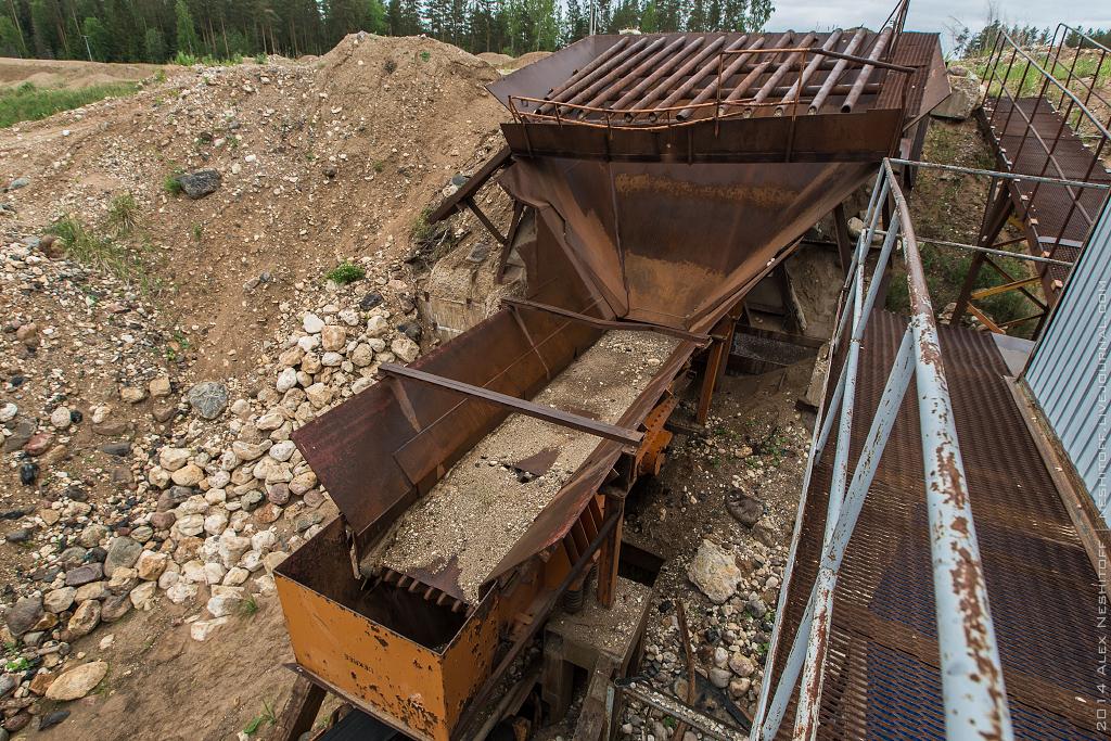 2014-Russia-Novgorodskaya obl-Old Quarry-007