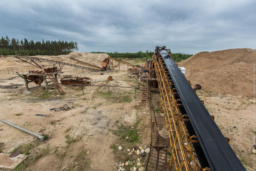 2014-Russia-Novgorodskaya obl-Old Quarry-009