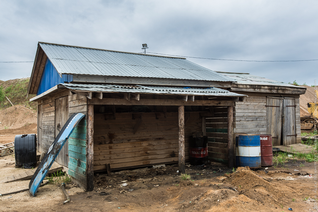 2014-Russia-Novgorodskaya obl-Old Quarry-011