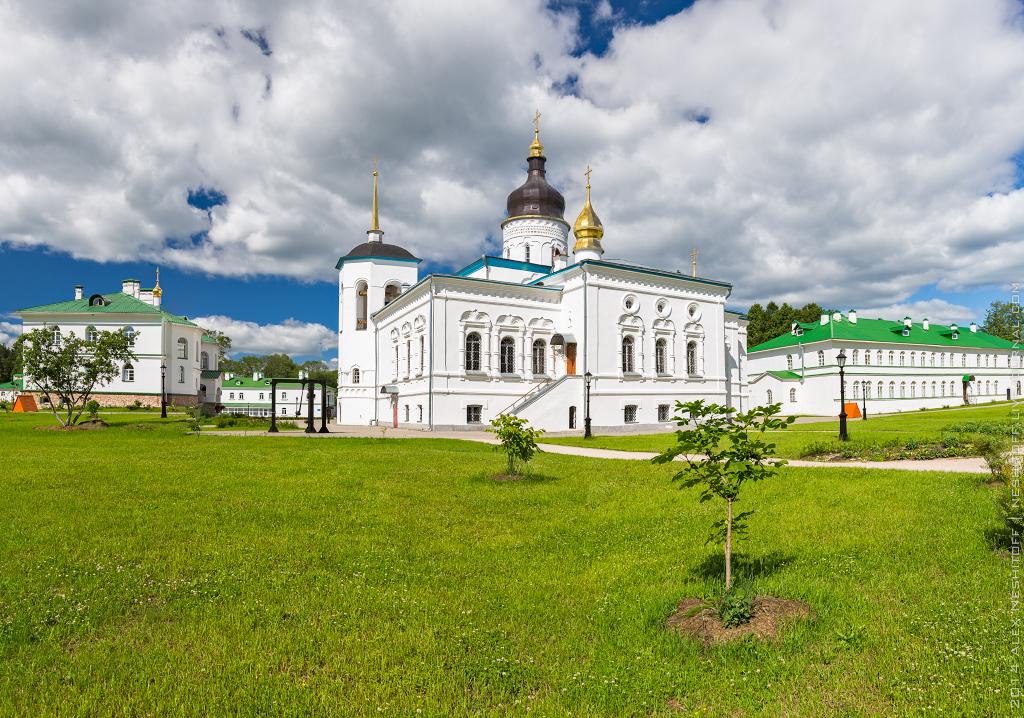 2014-Russia-Pskovskaya obl-Spaso-Elizarovskiy Monastir-003