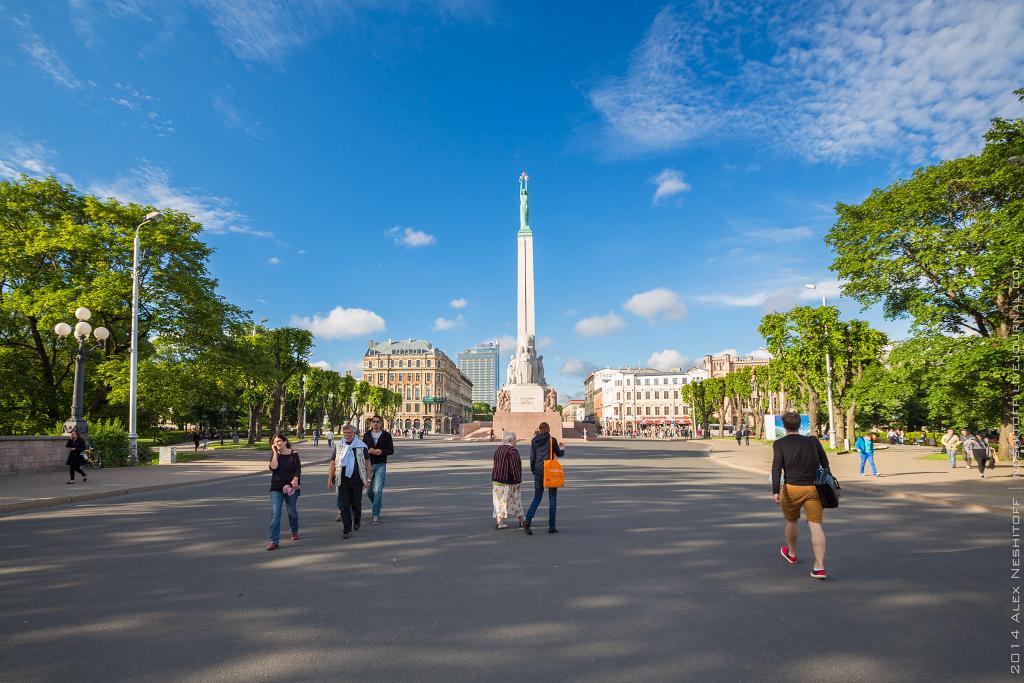 2014-Latvia-Riga-Bastejkalns-009