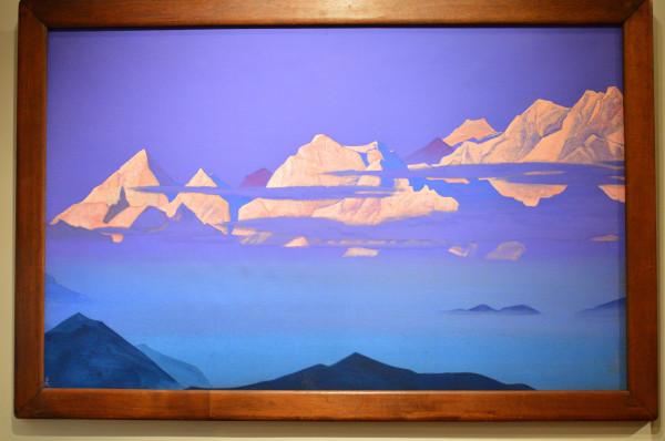 14 Гималаи, Розовые горы (1933) Холст, темпера (74,5 х 118,0)