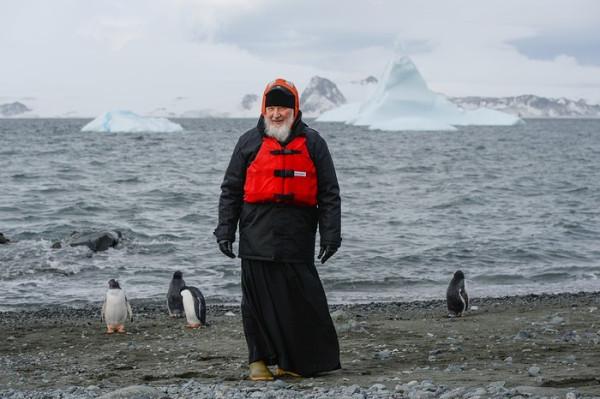 Дед Кирилл и пингвины.
