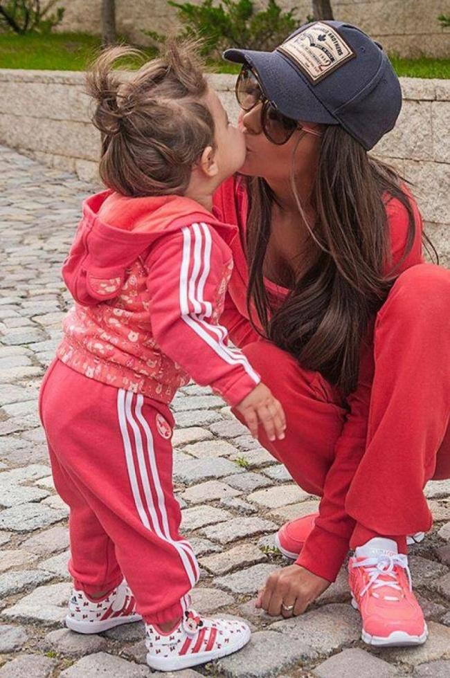 Эро россказы инцес мама и дочка 27 фотография