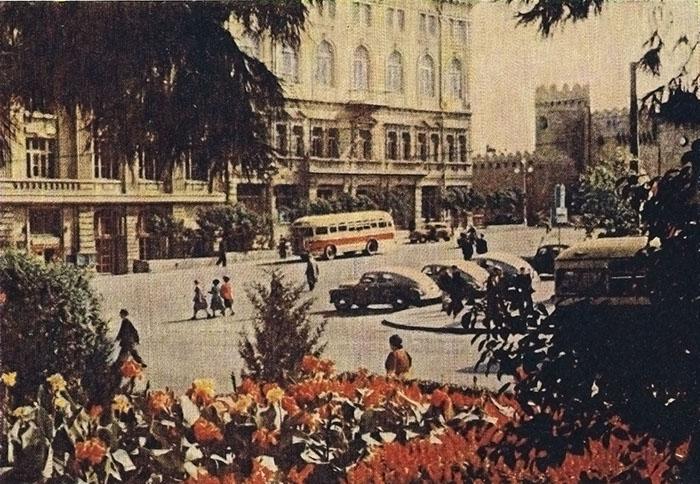 1_Комсомольская площадь