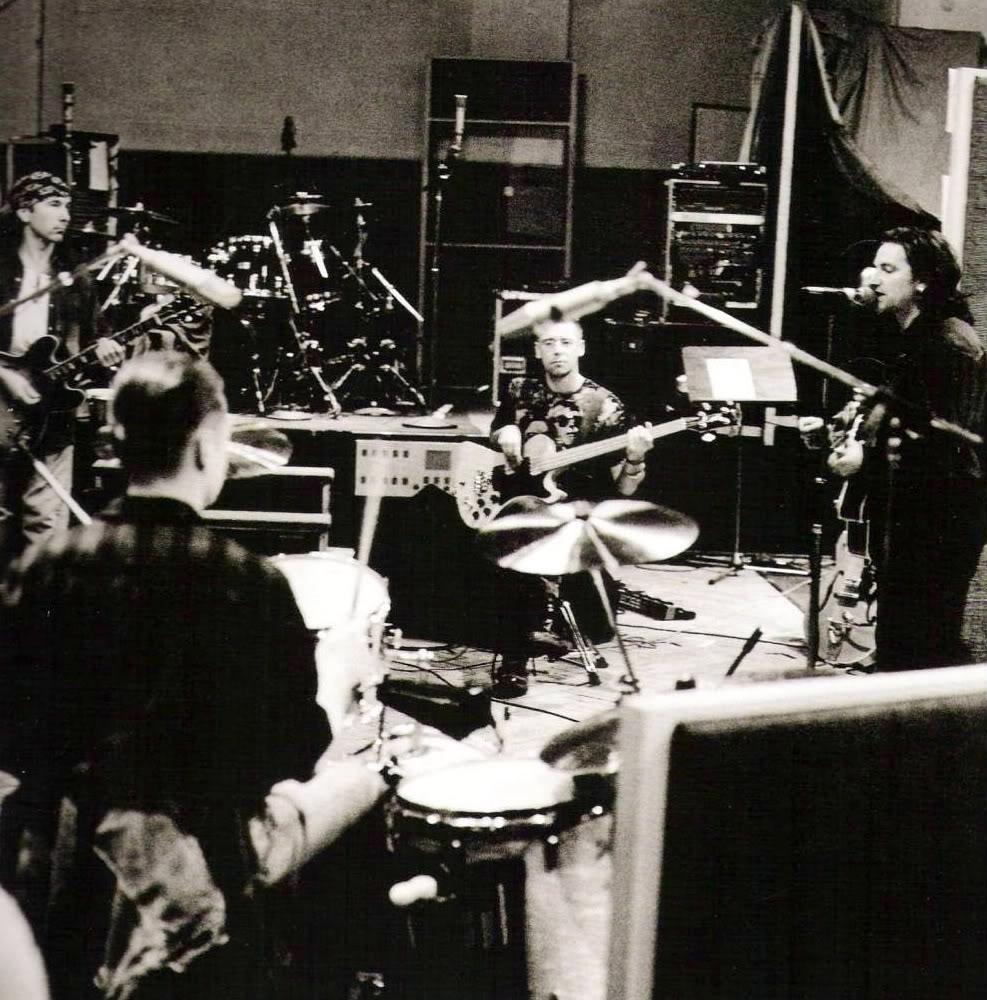 U2 1991-Hansa_Studios-1