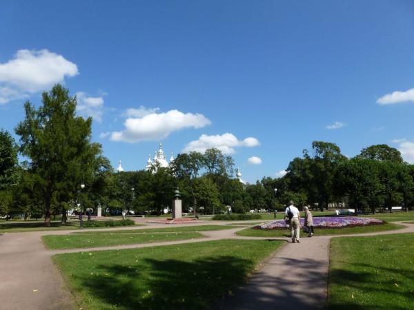 Сад-партер Смольного, 2011 год