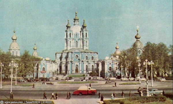 Вид на площадь и Смольный собор, 1961-1965 гг